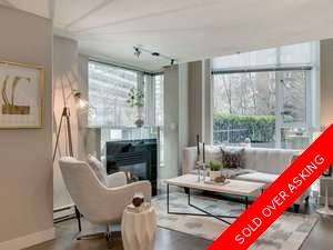 Coal Harbour Townhouse for sale:  2 bedroom 1,357 sq.ft. (Listed 2018-04-12)